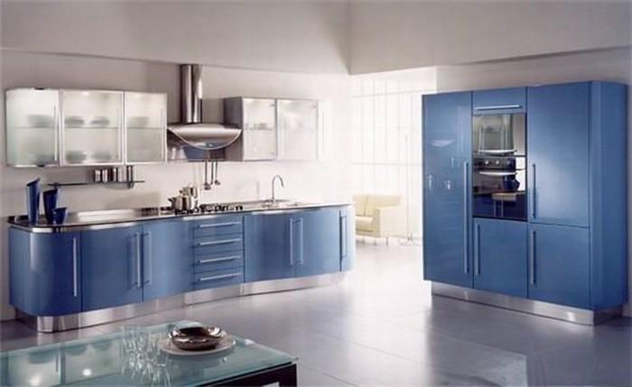 küchenideen moderne küche in blau und grau metallische nuancen in der küche