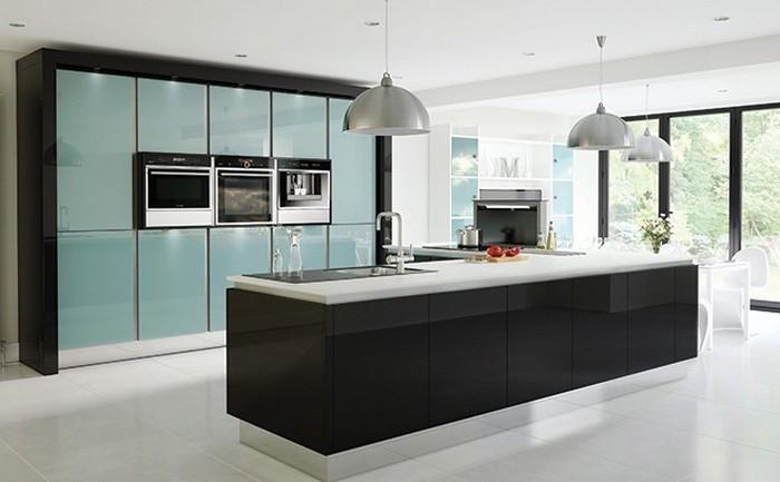 kücheneinrichtung mintblau mintgrün kücheninsel deko ideen glänzendes design