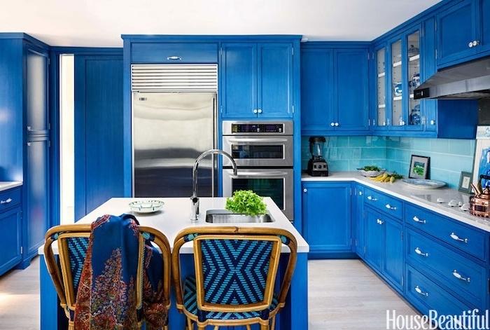 küchen ideen in blau blaues design des zuhauses blaue stühle mit hölzernem design