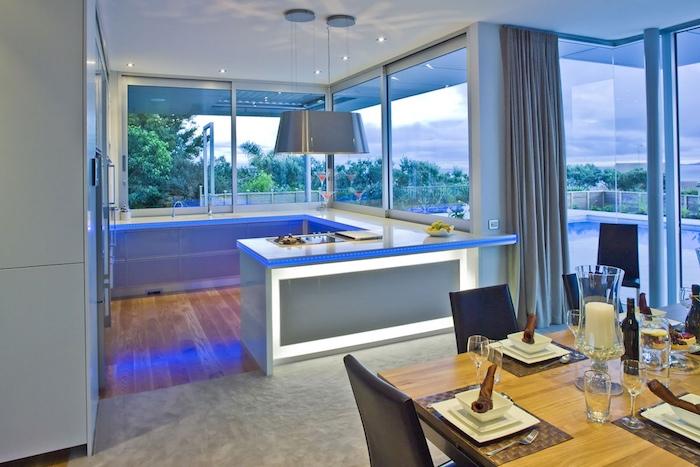 moderne küchen beleuchtung kosmos effekt cooles design trendy look zu hause