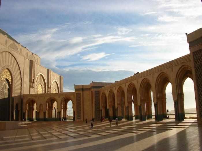 hasan 2 moschee casablanca die sehenswürdigkeiten von marokko besuchen stadt wände mauer architektur