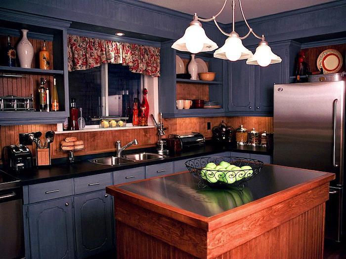 küche vorher nachher dunkle farben in der küche romantische atmosphäre zu hause blau braun