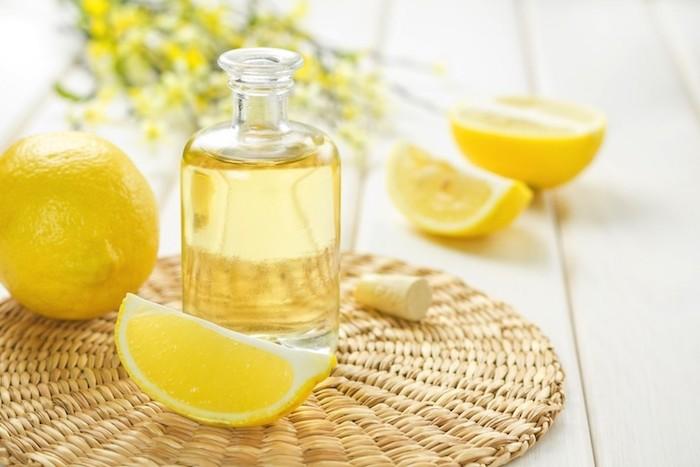 naturkosmetik selber machen, duschöl mit ätherischem zitronenöl