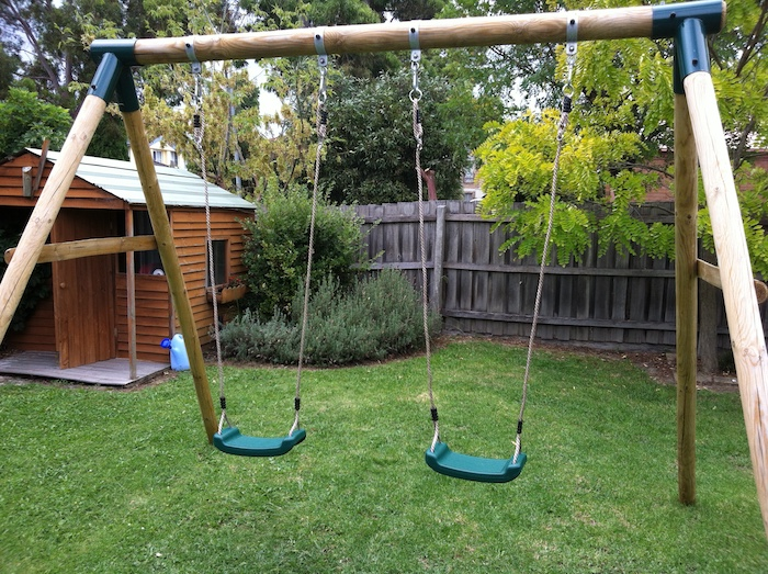How can I build a swing myself?