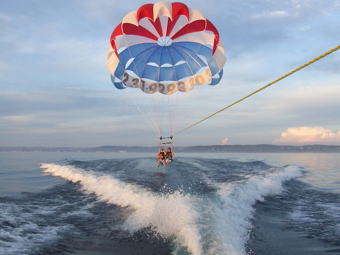 sansibar urlaub ideen für die freizeit ballons wasserattraktionen wasser sportarten tolle erlebnisse lust haben