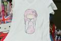 Coole Ideen und Anleitungen, wie Sie ein T-Shirt gestalten