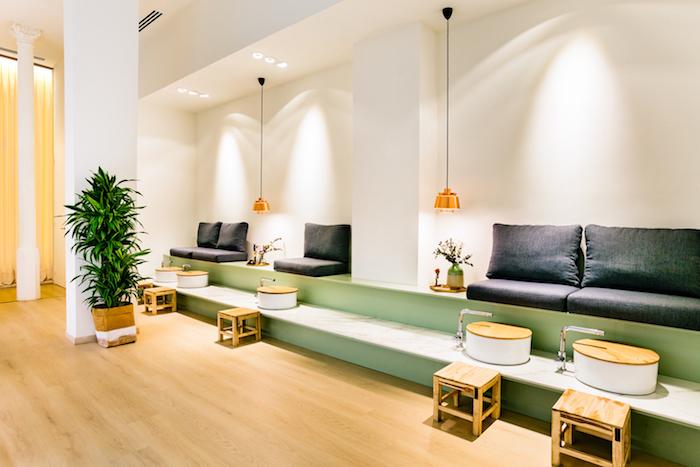 farbe mintgrün in allen ihren nuancen genießen sie harmonisches interieur und gemütliches ambiente zu hause