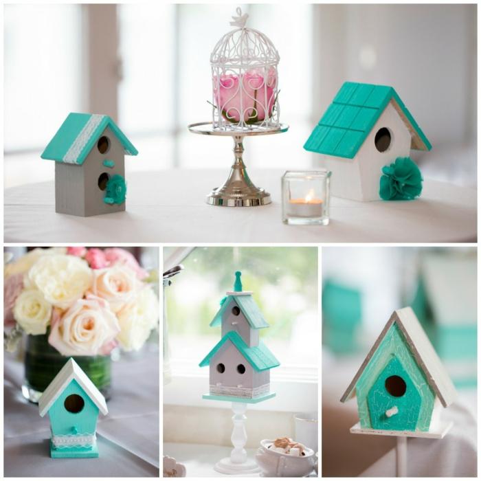 kleine Vogelhäuser aus Holz, weiß und türkis bemalt, mit Spitze verziert, künstliche Blumen und Duftkerze