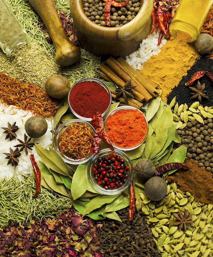 sansibar stadt bietet allerlei exotik früchte kräuter erlebnisse bild mit bunten gewürzen farben natur natrüliche produkte