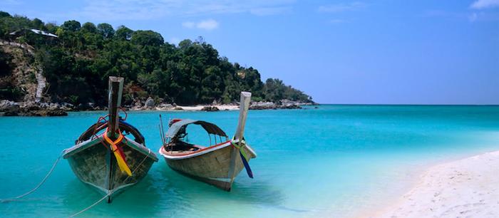 schönste strände sansibar zwei boot in dem wasser grüne pflanzen bäume wald insel leben strand