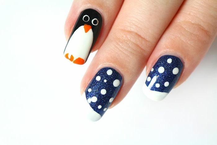 Winternägel mit Pinguin und kleinen Schneeflocken, einfach zum Nachstylen, ausführliche Anleitung