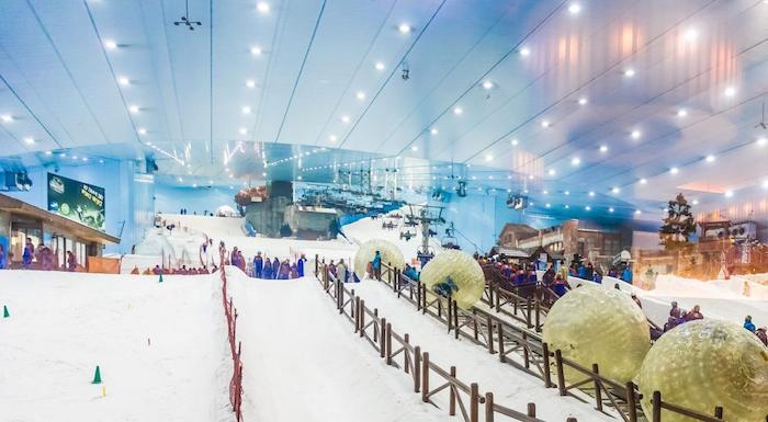 die ski piste in dubai, die sich in dem mall of the emirates befindet ausgefallene ideen