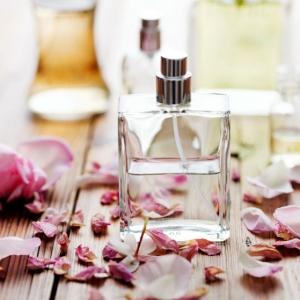 Parfum selber machen: So kreieren Sie Ihren eigenen Duft