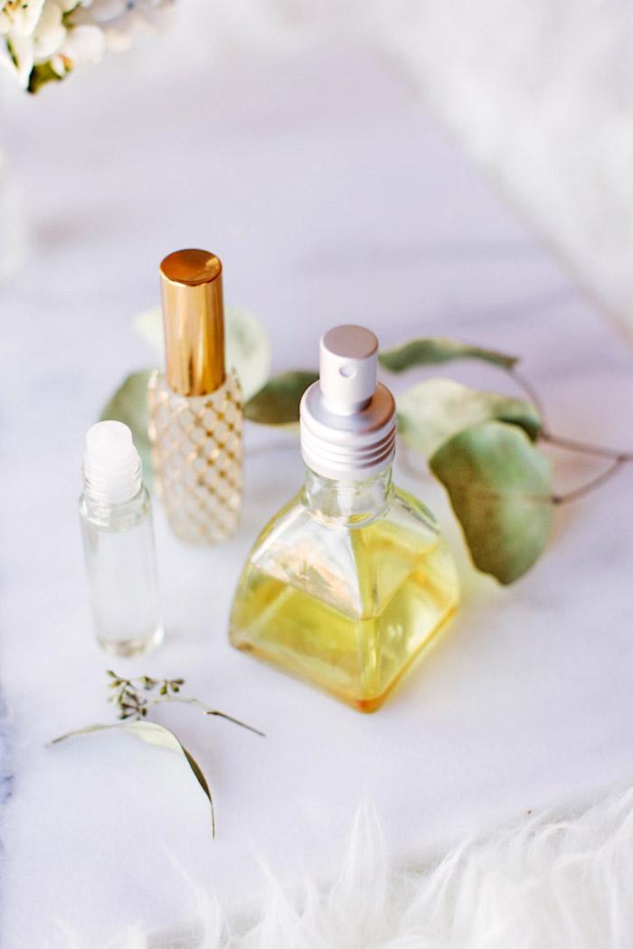 parfum selber machen, selbstgemachte parfüme mit verschiedneen zutaten
