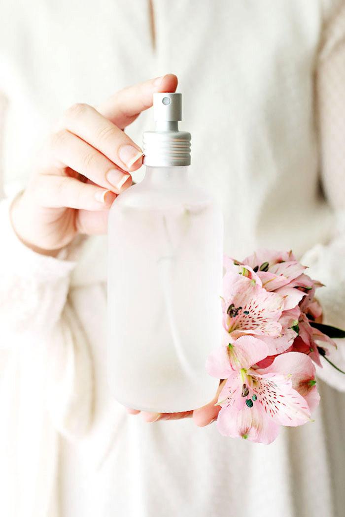 parfum selber machen, selbstgemachtes parfüm mit jasminöl, geschenke für frauen