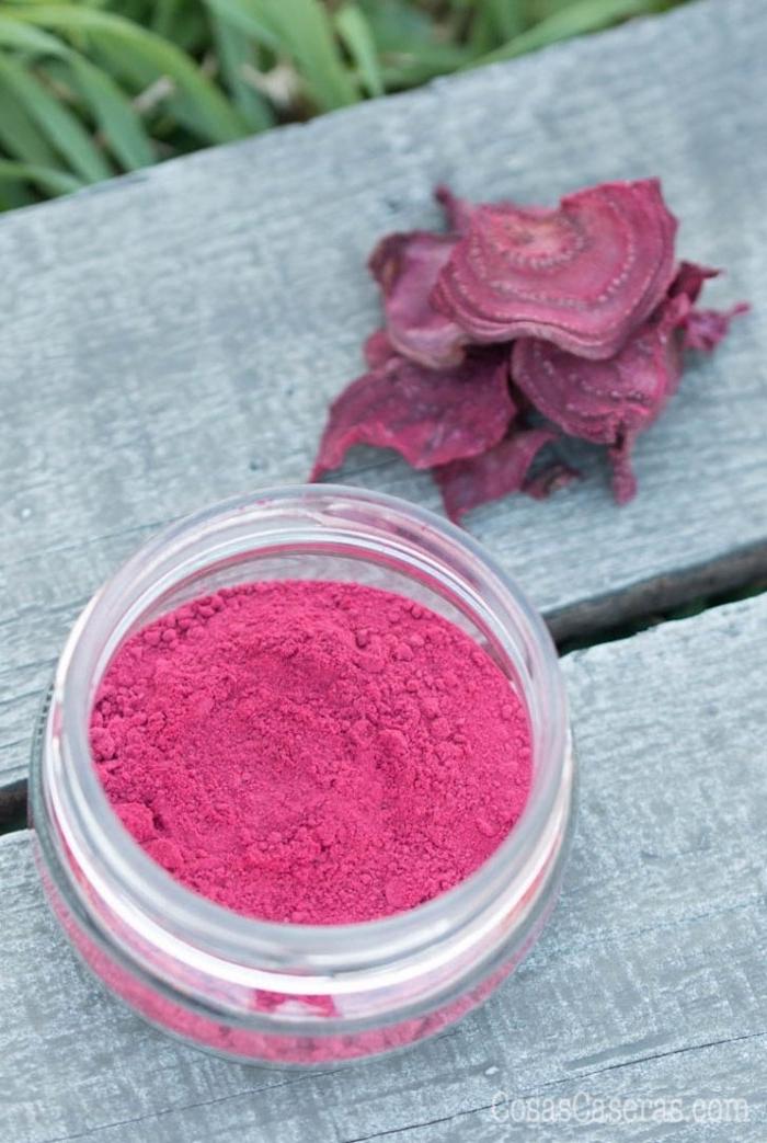 schminke selber machen, rosa rouge aus nazürlichen produkten