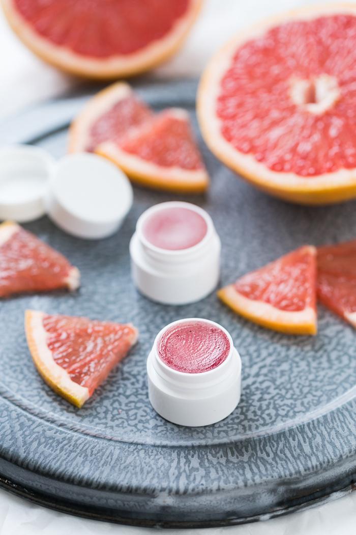 lippenstift selber machen, selbstgemachte lippenbalsame mit grapefruit, lippenpflege