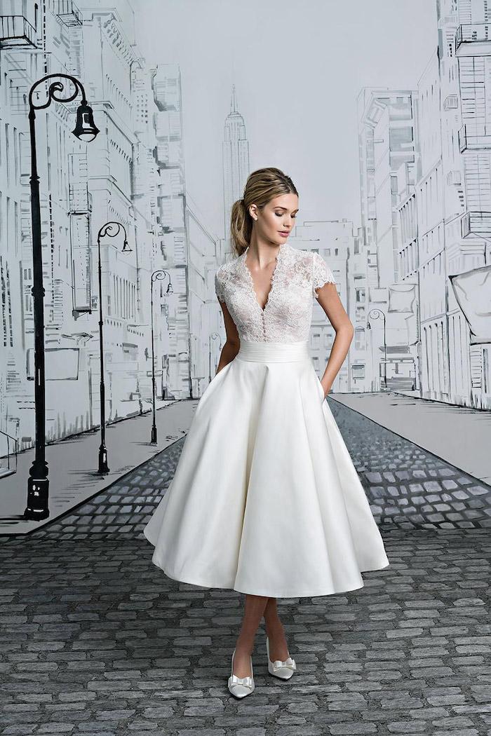 kurzes vintage hochzeitskleid aus satin und spitze, brautkleid im retro stil