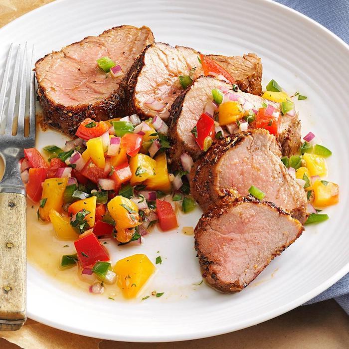 kohlenhydratarm kochen abendessen selber schnell zubereiten flesch fillet steak mit gekochtem gemüse paprika