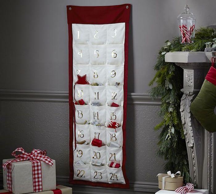 Adventskalender für Männer - ein roter Hintergrund mit weißen Taschen und glänzenden Ziffer