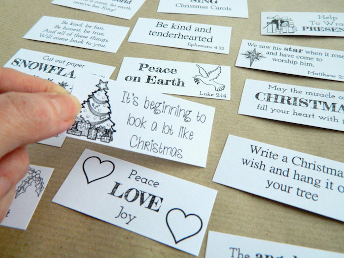 Gutschein Ideen für Männer - kleine Karten mit Botschaften über Weihnachten -Frieden, Liebe, Freude