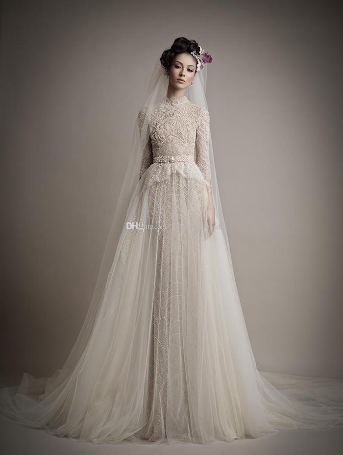 hochzeitskleid spitze, champagnerfarbenes brautkleid mit langen ärmeln