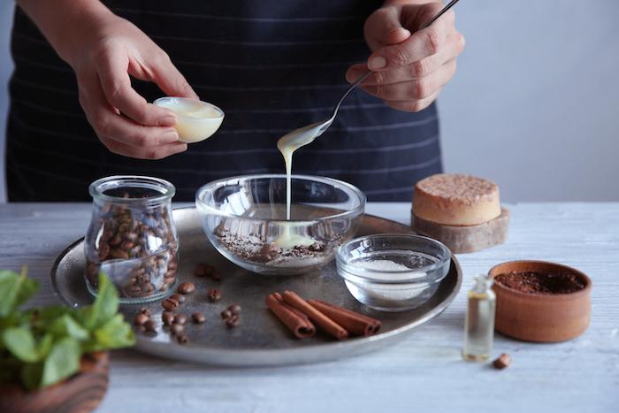 creme selber machen, gesichtscreme mit kaffeebohnen, kokosöl und zimt