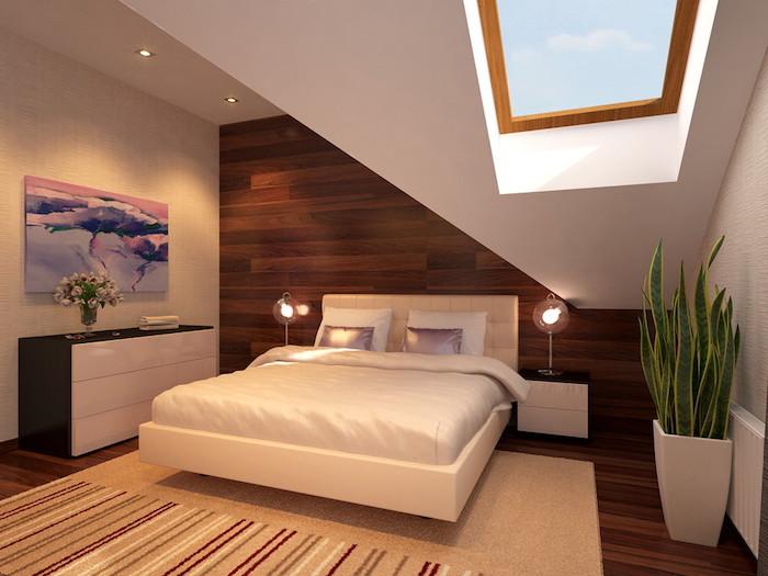 wohnung inspiration schlafzimmer bett mit zwei kleinen lampen an den seiten grüne pflanze wanddeko wandbild in blau rosarot und violet