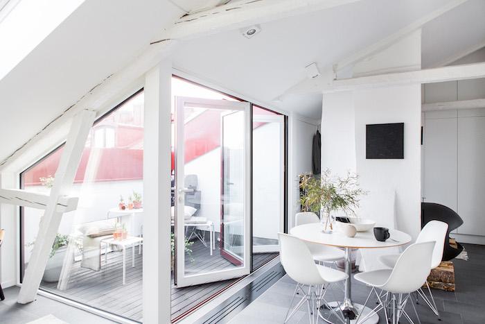 dachgeschosswohnung weiße zimmereinrichtung maisonette mit terrasse wohnküche wohnzimmer ideen weißes design