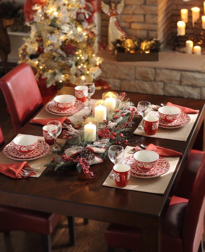 weihnachten frohe weihnachten wünschen undliebe momente mit den lieben menschen verbringen tolle tischdeko gedeckter tisch