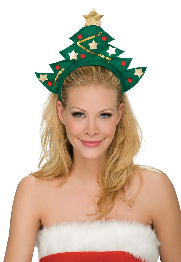schulterlange haare blonde frau weihnachtsbaum idee diadem dekoriert mit sternen und roten bällen