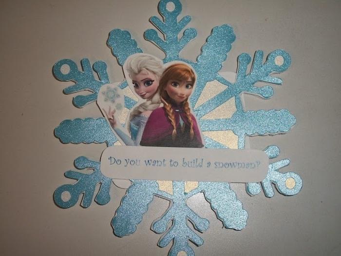 Bastelideen Winter - ein Bild aus dem Zeichentrickfilm Die Eiskönigin ausschneiden und bekleben
