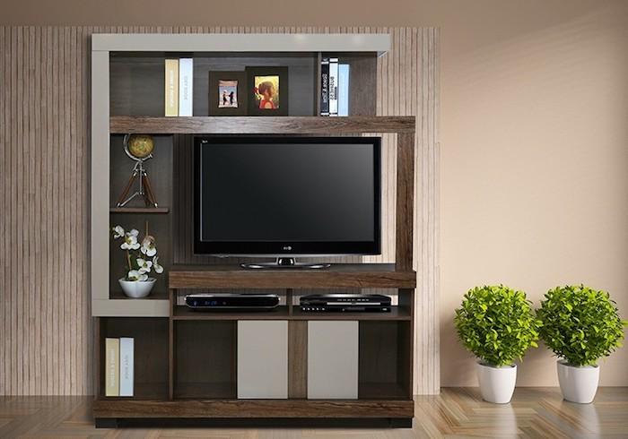 tv wohnwand wanddekorationen braun und schwarz farben kombinieren zwei blumentöpfe an der seite