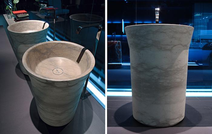 freistehender Naturstein-Waschbecken aus beig-grauem Marmor, Waschbecken mit runder Form, Badezimmer mit LED-Beleuchtung