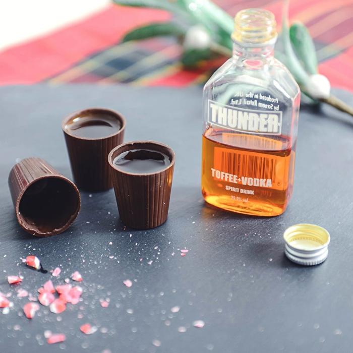 Coole Ideen für Männergeschenk, Shots aus Schokolade und Wodka, für jeden Geschmack etwas dabei