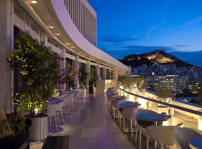 griechenland-hauptstadt-restaurants-und-bars-in-athen-nachtleben-leben-tolle-bars-in-athens-aussicht