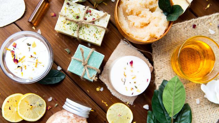 kokosöl kosmetik selber machen, selbstgemachte lotionbars, seifen und peeling