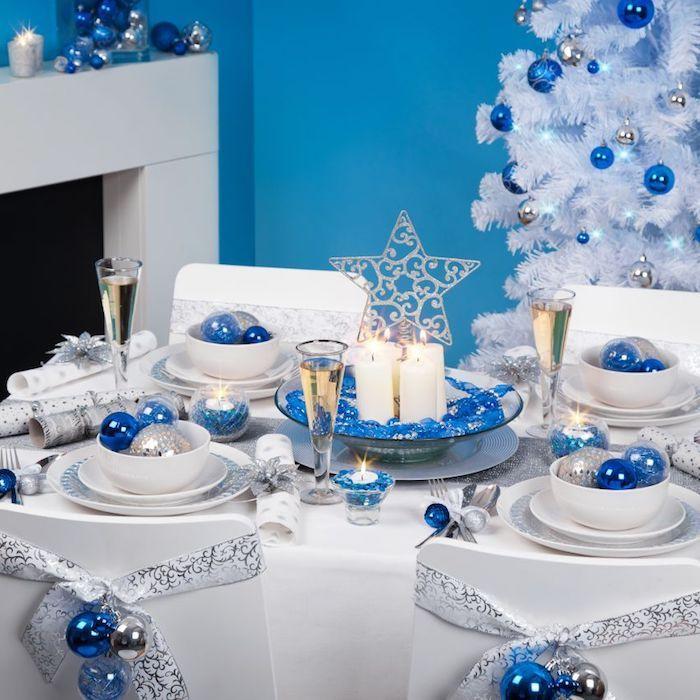 weihnachten deko ideen in weiß blau und silber die kalten farben des winters schöne farbkombinationen