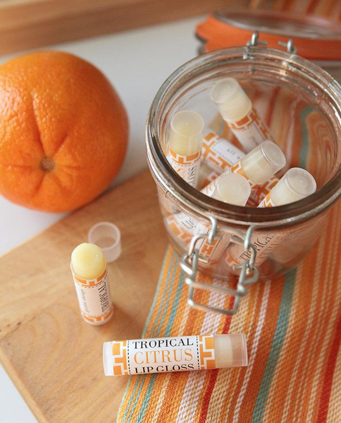 lippenstift selber machen, lippenbalsame mit orangen- und zitronenöl