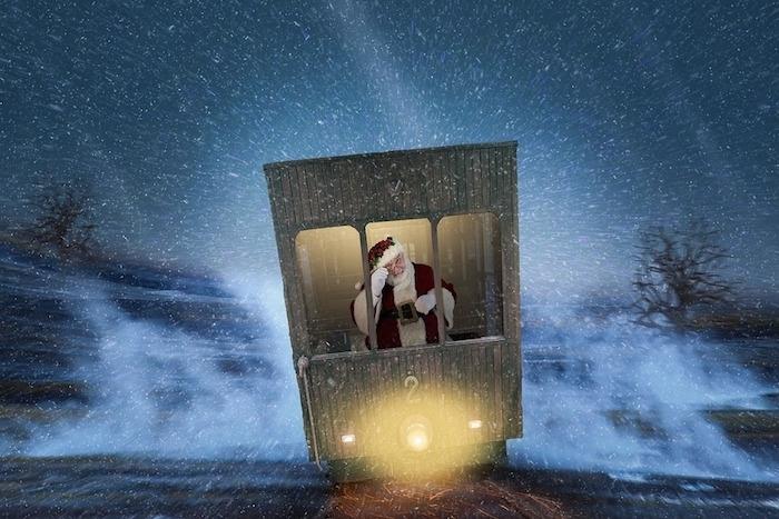 Schöne Weihnachtsbilder - ein Weihnachtsmann fährt in einem Wagen statt mit dem Schlitten