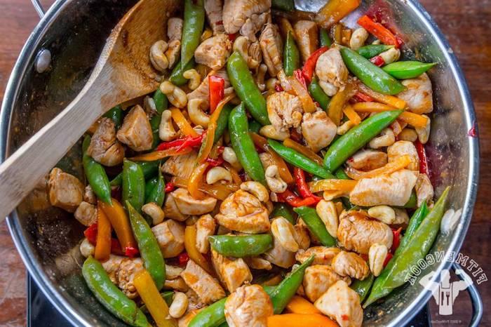 ketogene rezepte rezeptideen in einer pfanne kaschew grüne bohnen fleisch kaschew speisen ohne kohlenhydrate