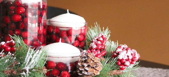 weihnachtsbaum deko kleine weiße kerzen die gerne überall gestellt werden können tore deko kugeln in einem glas stecken