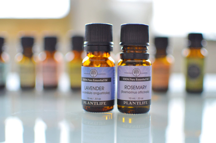 parfumöl, rosmarin- und lavendelöl, selbstgemachte kosmetik mit ätherischen ölen