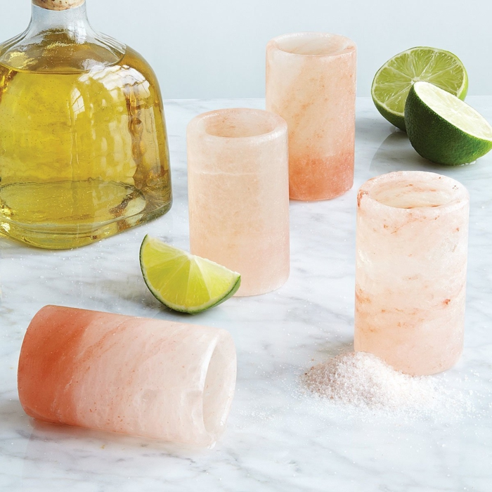Becher für Tequila aus Salz selber machen, kreative Ideen für Weihnachtsgeschenk, Männergeschenke zu Weihnachten auswählen