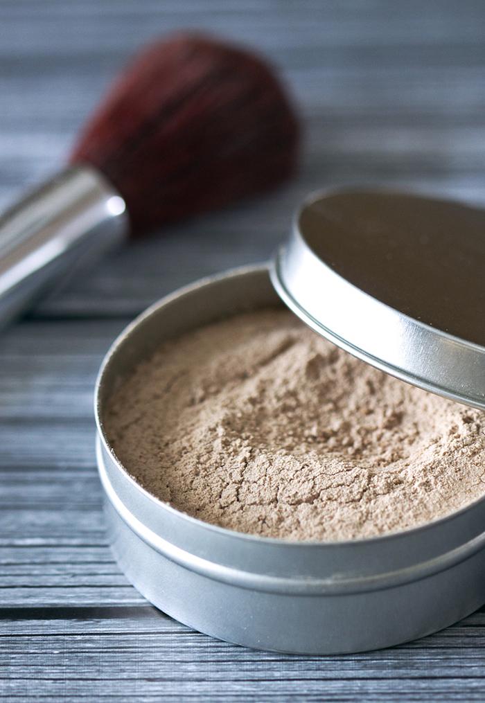 puder selber machen, schminke aus natürlichen zutaten, puder aus kakaopulver, mehl und zimt