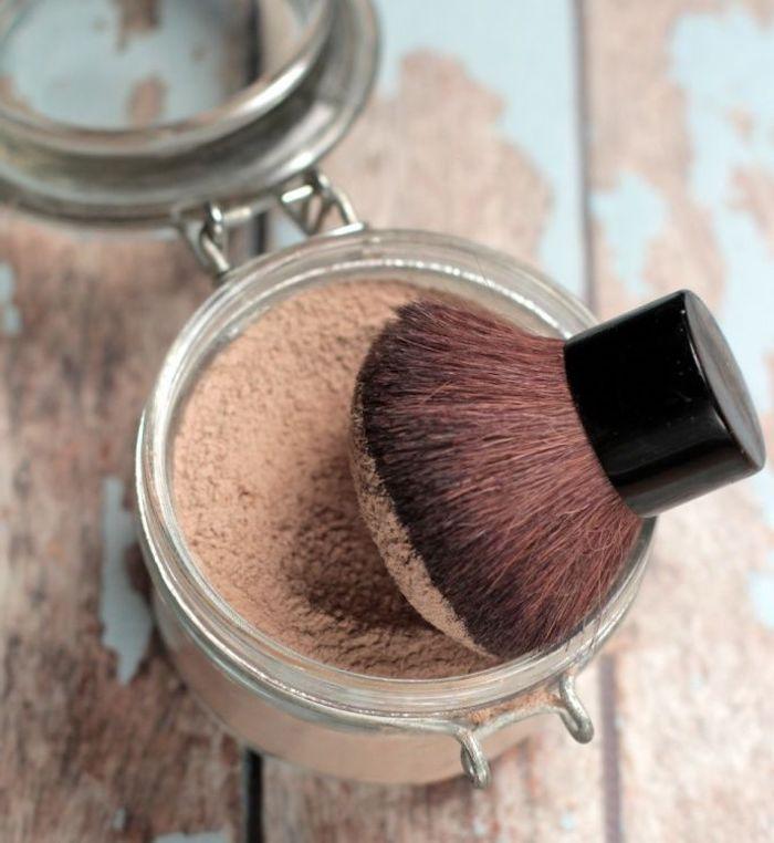 puder selber machen, selbstgemachte schminke aus naturprodukten, bio-schminke