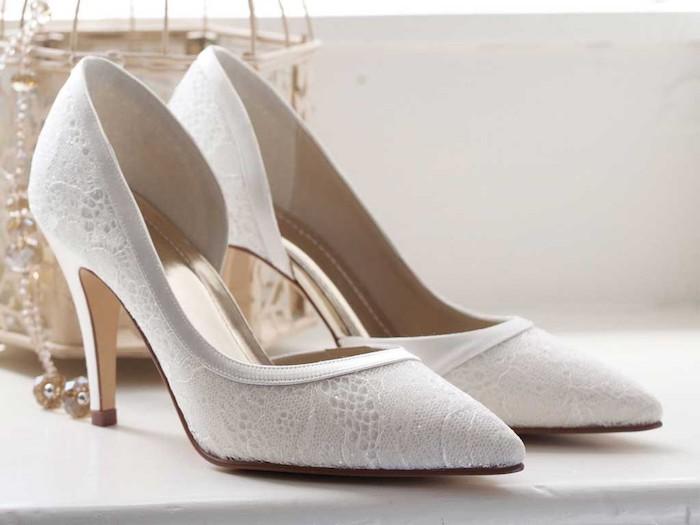 weiße Rainbow Club Schuhe von der Serie Esme