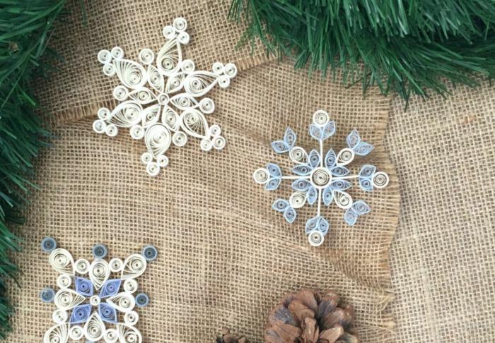 scherenschnitt schneeflocken aus papier basteln schneeflocke schablone schöne schneeflocken aus karton drei