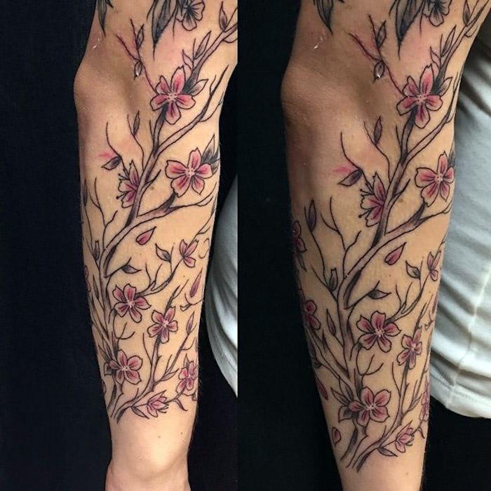 blumenranke tattoo am unterarm, zweig mit rosa blüten, tattoos für frauen
