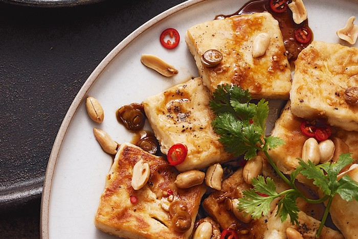 10 quick and easy tofu dishes: healthy food is fashionable